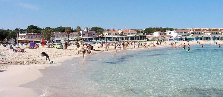 Punta Prima, primera playa de Menorca con WiFi gratis