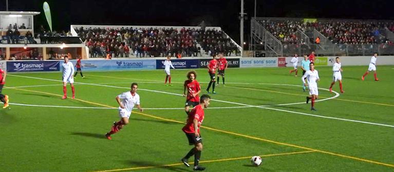Apoyamos al club Formentera contra el Sevilla fc. dando wifi